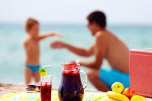 Rodzinny Piknik na plaży. Polish Picnic on the Beach